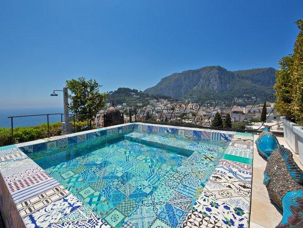 Hotel Tiberio Palace bo osvojil vaše srce - Foto: Tiberio Palace promocijski material