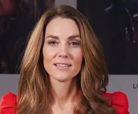 Rdeč blazer iz Zare po vzoru Kate Middleton