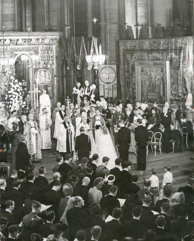 Poroka se je odvila leta 1947 v Westminstrski opatiji.
