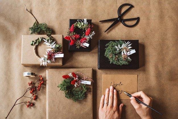 Ideje in triki za sanjsko in okolju prijazno zavijanje daril - Foto: Sanjski šopek