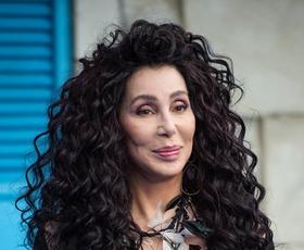 Cher je nosila ta stajling in dokazala, da je kraljica zimske mode