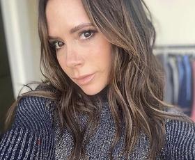 Pozabite vse, kar veste o pletenih kompletih, letos  jih bomo nosili kot Victoria Beckham