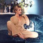 8 najbolj udobnih pletenih kompletov za delo od doma