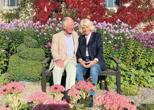 Princ Charles in Camilla, 2020