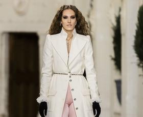 Poglejte, kako nositi največji trend iz 80-ih kot na modni reviji Chanel