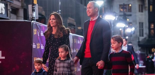 Princ William v hudi stiski, Kate ga bodri, naj si poišče strokovno pomoč