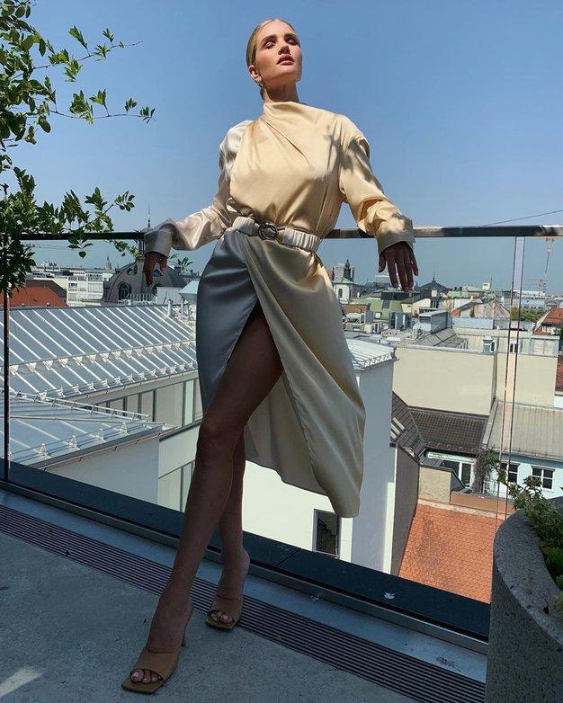 10 ključnih kosov garderobe vsake minimalistke - Foto: Profimedia