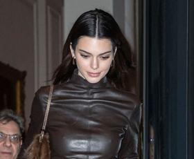 Kendall Jenner obožuje te puloverje, ki jih bomo nosili cel preostanek zime