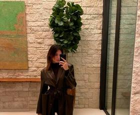 Kendall Jenner pokazala, kako modno kombinirati najbolj dolgočasne zimske barve