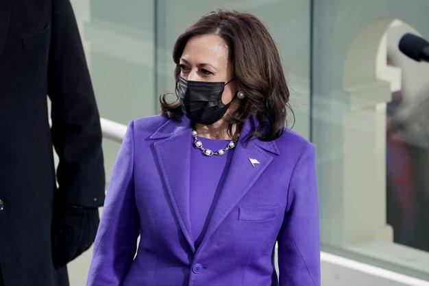 To je razlog, zakaj so Kamala Harris, Michelle Obama in Hillary Clinton na inavguraciji vse nosile vijolično barvo - Foto: Profimedia