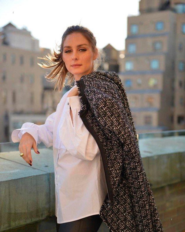 Poglejte, kako izvirno kombinirati belo srajco po vzoru Olivie Palermo - Foto: Profimedia