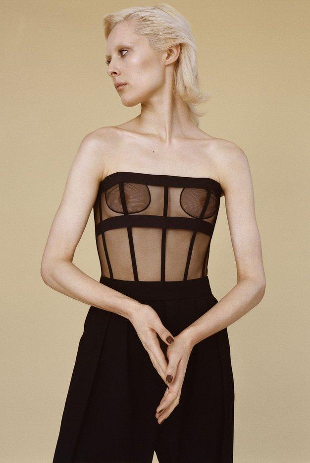 LFW: 6 največjih trendov z Londonskega tedna mode, ki jih bomo oboževali jeseni - Foto: Profimedia