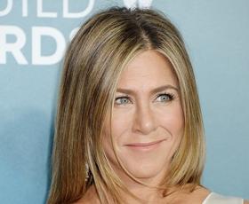 Ne boste verjeli, katero pričesko Jennifer Aniston najbolj obžaluje v svoji karieri