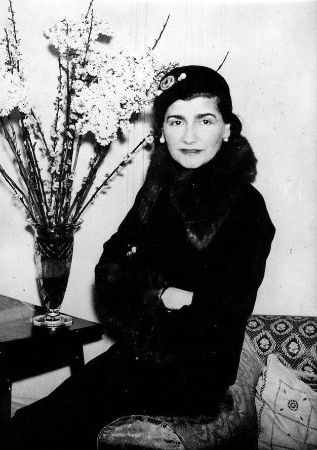 """Chanel Gabrielle """"Coco"""" Chanel je modno hišo ustanovila leta 1909."""