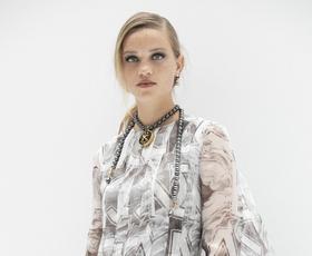 9 največjih pomladnih modnih trendov, ki jih bomo nosili to sezono