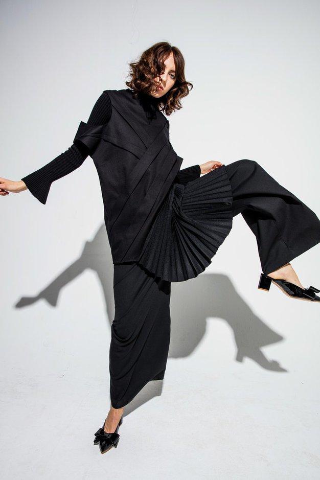 Dobrodelna dražba malih črnih oblek slovenskih oblikovalcev: sedaj imate lahko čisto svojo unikatno dizajnersko obleko - Foto: Mima