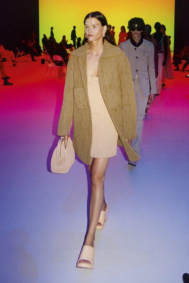Telefonske žice ali luksuzne ogrlice? Cena tega modnega dodatka vas bo šokirala - Foto: Profimedia