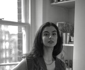 V zakulisju: Študij mode v Londonu je bila moja najboljša odločitev (dnevnik modne novinarke Ine)