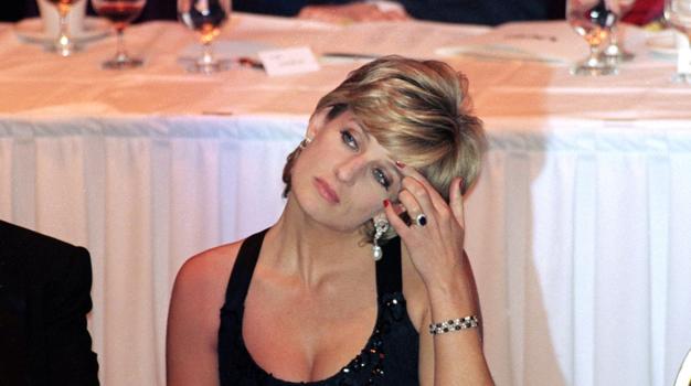 Ne boste verjeli, kakšna je resnica o zaročnem prstanu princese Diane - Foto: Profimedia
