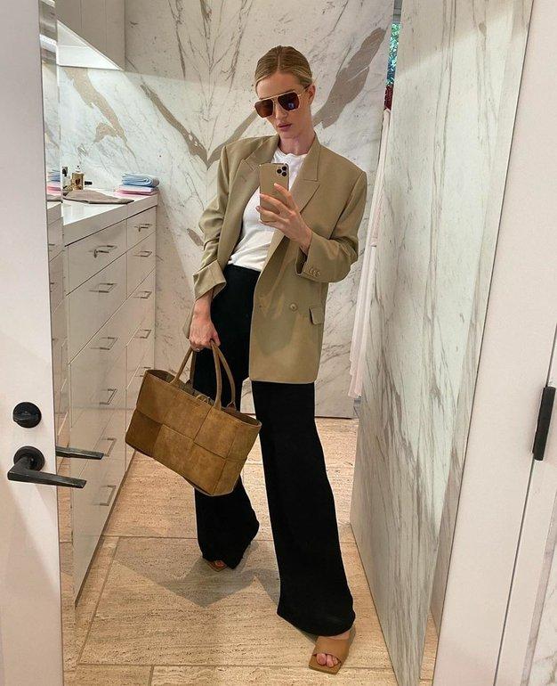 Pozabite na klasičen blazer, sedaj nosimo nekaj popolnoma novega - Foto: Profimedia