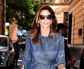7 kosov za popolnoma elegantno pomladno kapsulno garderobo za ženske nad 50 let