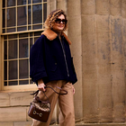 10 modnih dam nad 50 let z osupljivim stilom, ki jih morate spremljati