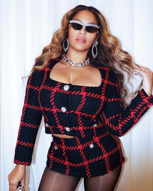 Nepričakovan seksi modni dodatek, ki ga obožuje Beyoncé - Foto: Profimedia