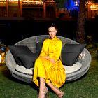 5 načinov, kako to poletje kombinirati rumeno obleko