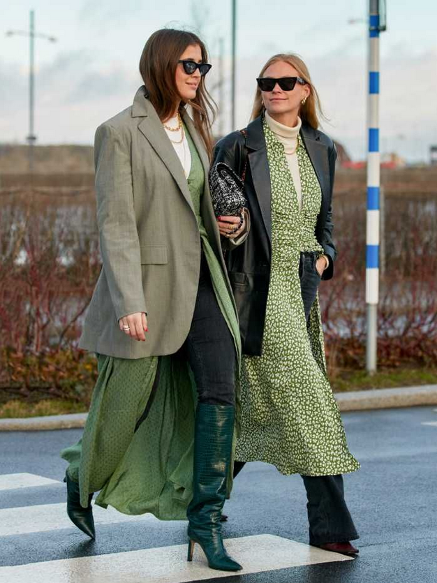 To je modna kombinacija izpred 15 let, ki jo bomo nosili vse do vročega poletja - Foto: Profimedia