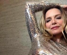 Michelle Pfeiffer je svoj 63. rojstni dan proslavila s tem čudovitim videzom