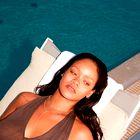 Rihanna ima novo čisto kratko pričesko. Je to nov trend leta 2021?