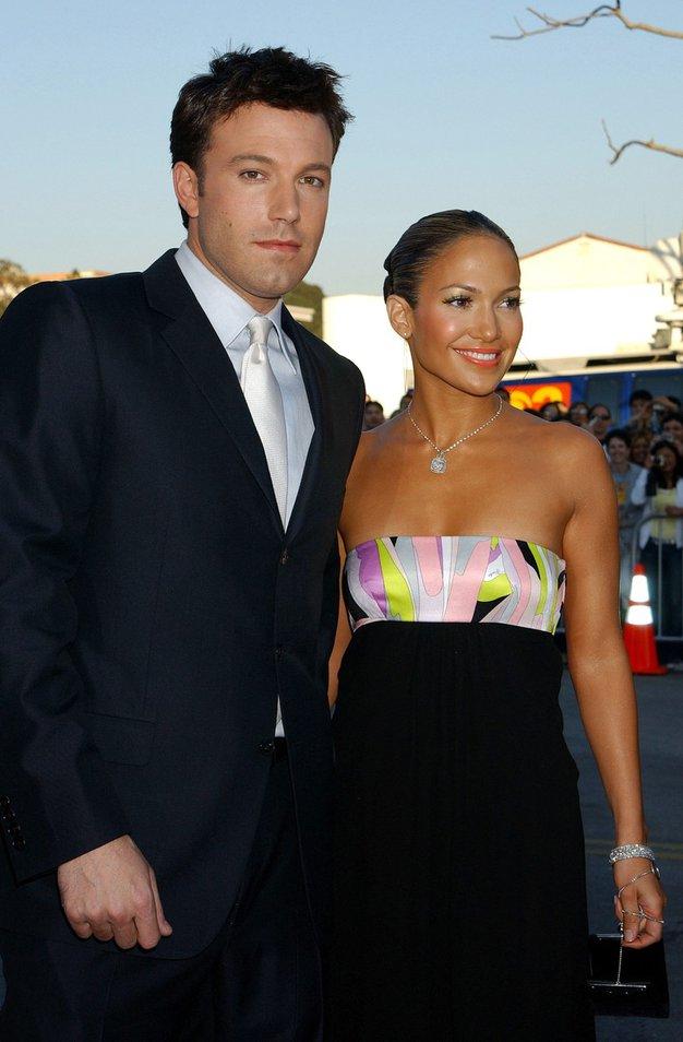 Jennifer Lopez in Ben Affleck Hodila sta v začetku tisočletja in se razšla leta 2004, po tem, ko sta zaradi …