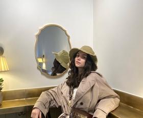 V zakulisju: Zakaj v Zari ne nakupujem več? (dnevnik modne novinarke Ine)