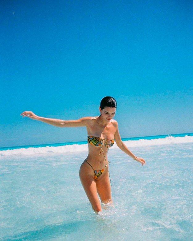 To je nepričakovan trend kopalk za letošnje poletje in mi ga obožujemo - Foto: Profimedia