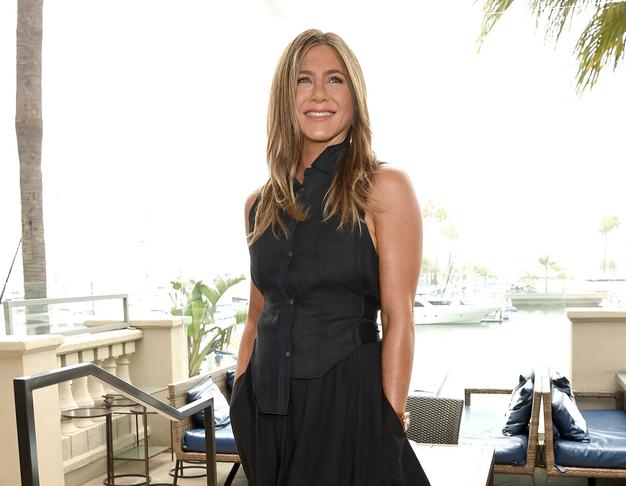 To so kavbojke, ki jih Jennifer Aniston obožuje za prosti čas - Foto: Profimedia