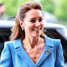 To je klasičen pleten top iz H&M-ja, na katerega prisega Kate Middleton