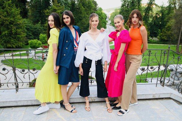 Največji modni trendi letošnjega poletja in kako jih nositi za vse priložnosti (našli smo jih v Sportini) - Foto: Aleksandra Saša Prelesnik