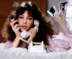 """""""Bila sem zasvojena s klicanjem jasnovidk po telefonu"""" (iskrena izpoved)"""