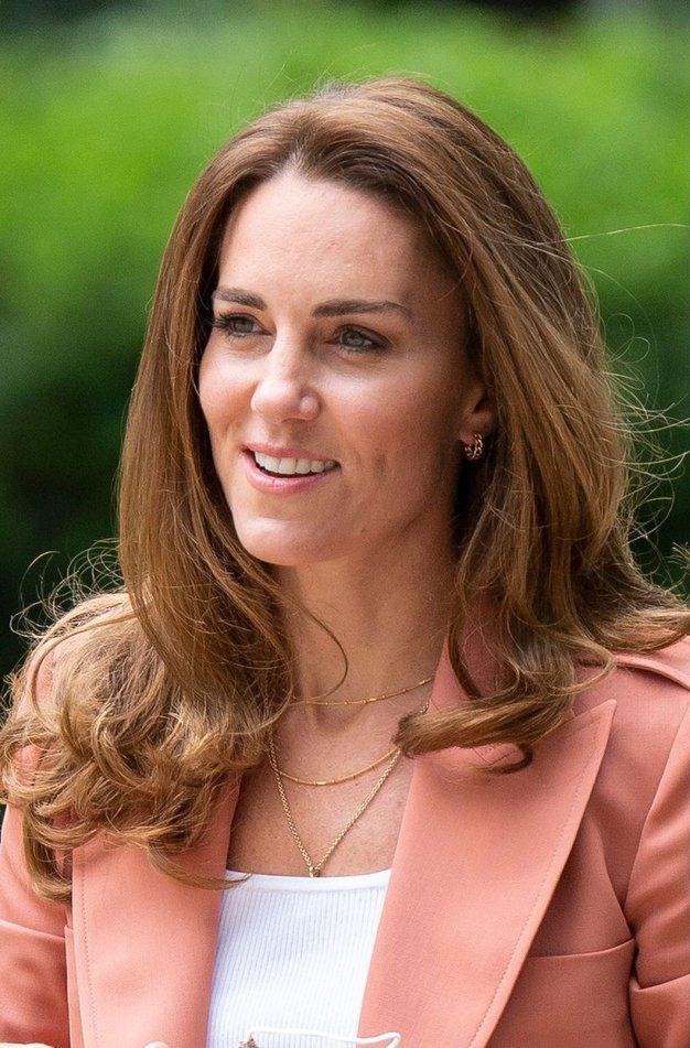 Kate Middleton je svoje najljubše superge zamenjala za nekaj novega - poglejte, na katero znamko prisega sedaj - Foto: Profimedia