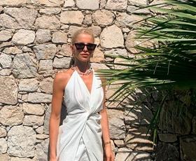 To je najbolj zaželena Zarina obleka tega poletja, v katero se boste zaljubili tudi vi