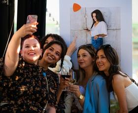Ljubiteljice mode imamo v teh dneh veliko razlogov za veselje (k nam je prišla ta tako zelo zaželena modna platforma!)