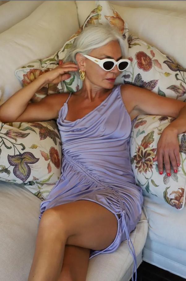 Kako se to poletje obleči trendno pri 50 in več letih - Foto: Profimedia
