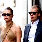 Vsi čudoviti stajlingi, ki jih je Hailey Bieber nosila v Parizu