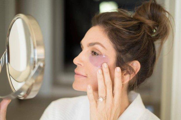 4 napake pri vsakodnevni negi, zaradi katerih se vaša koža prezgodaj stara - Foto: Profimedia