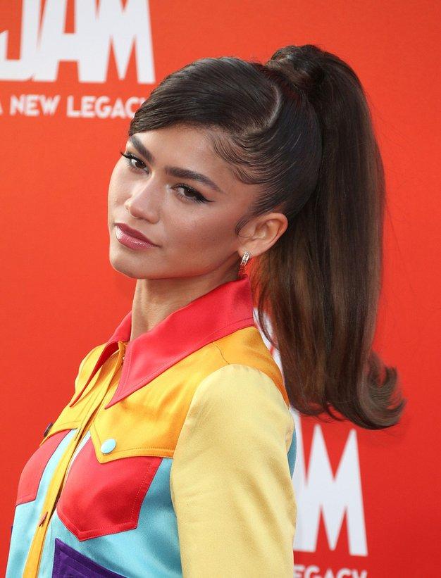 Zendaya nas je navdušila v barvitem stajlingu - Foto: Profimedia