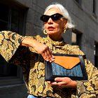 Kako modno in elegantno nositi živalske vzorce pri 50. in več letih
