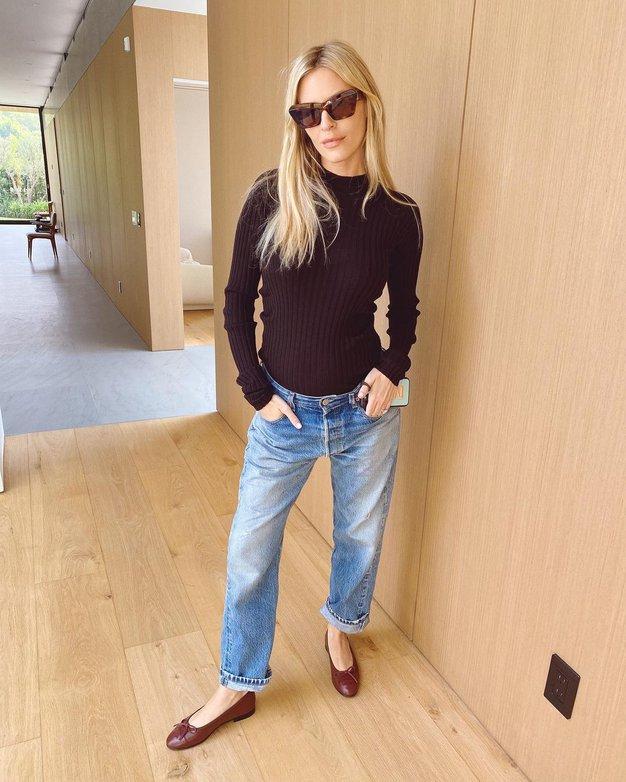 Ženske po vsem svetu so sandale zamenjale za ta vsestranski model čevljev - Foto: Instagram