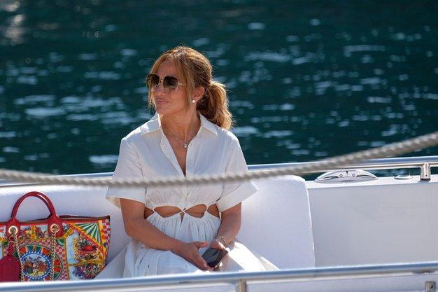 Resasta pričeska Jennifer Lopez je najlepši slog te jeseni. Želeli jo boste posnemati - Foto: Profimedia