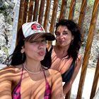 6 klobukov in kap, ki so to poletje preplavili Instagram