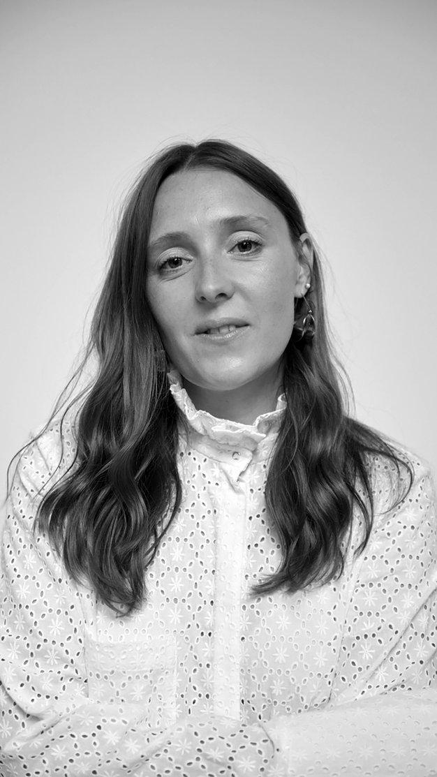 Amy Powney, kreativna direktorica Mother Of Pearl in finalistka natečaja Zalando Sustainability Award, o trajnosti, ustvarjalnosti in modi - Foto: Mother Of Pearl